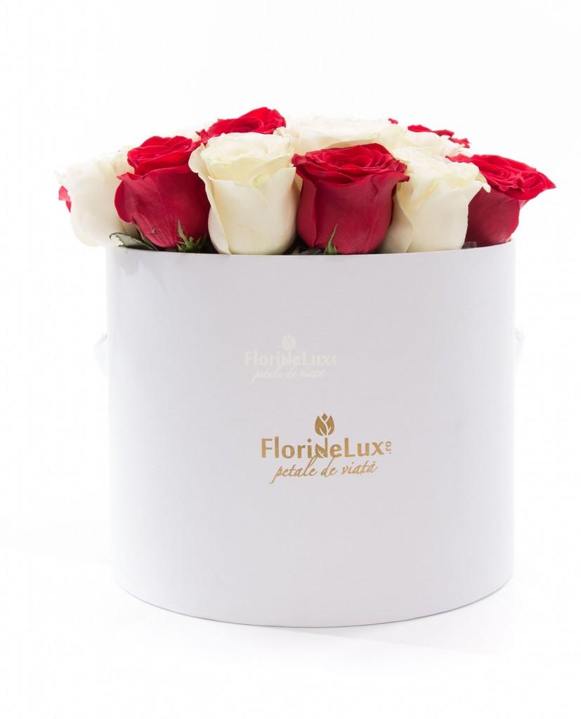 Trandafiri albi pentru Ziua Indragostitilor 472
