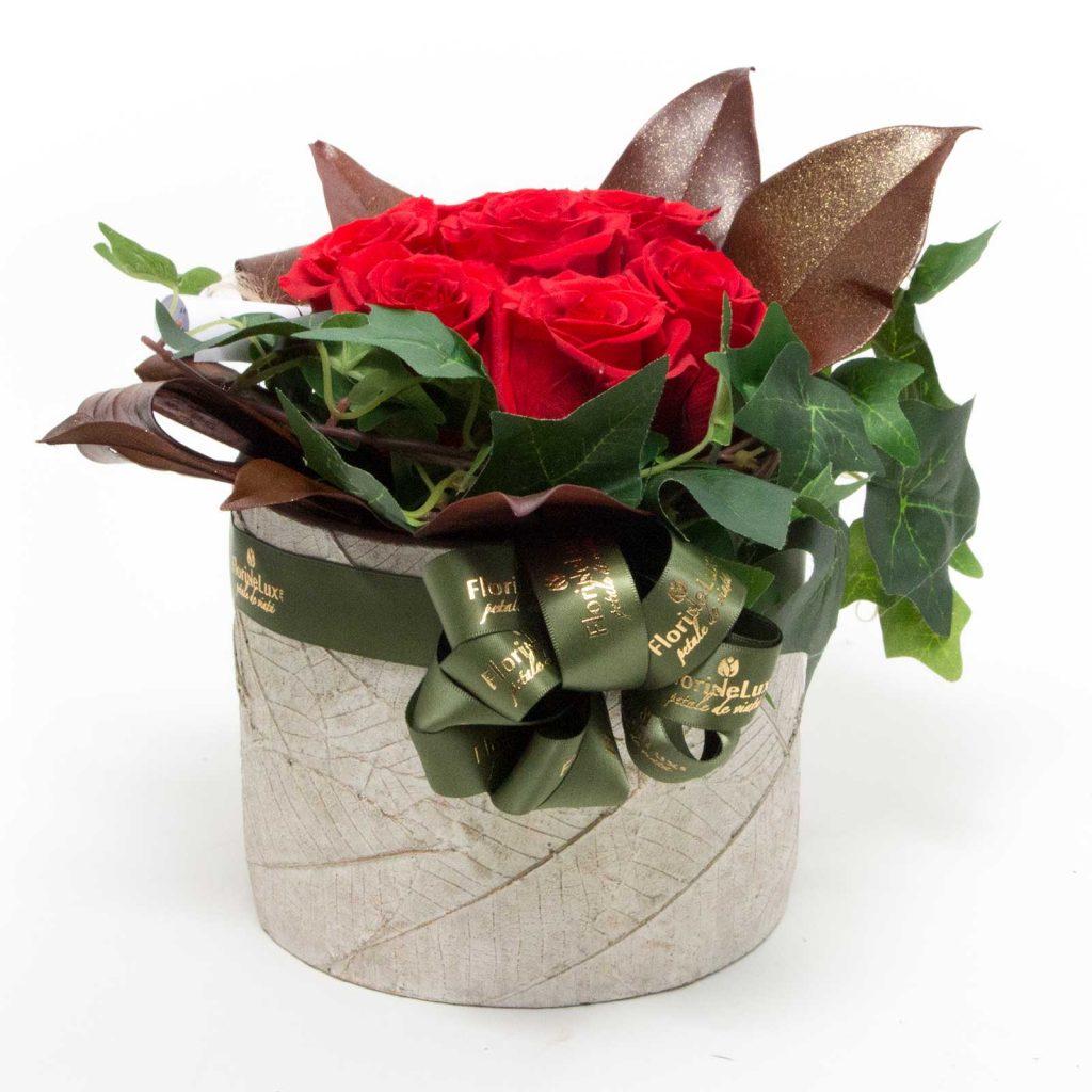 aranjament floral trandafiri criogenati