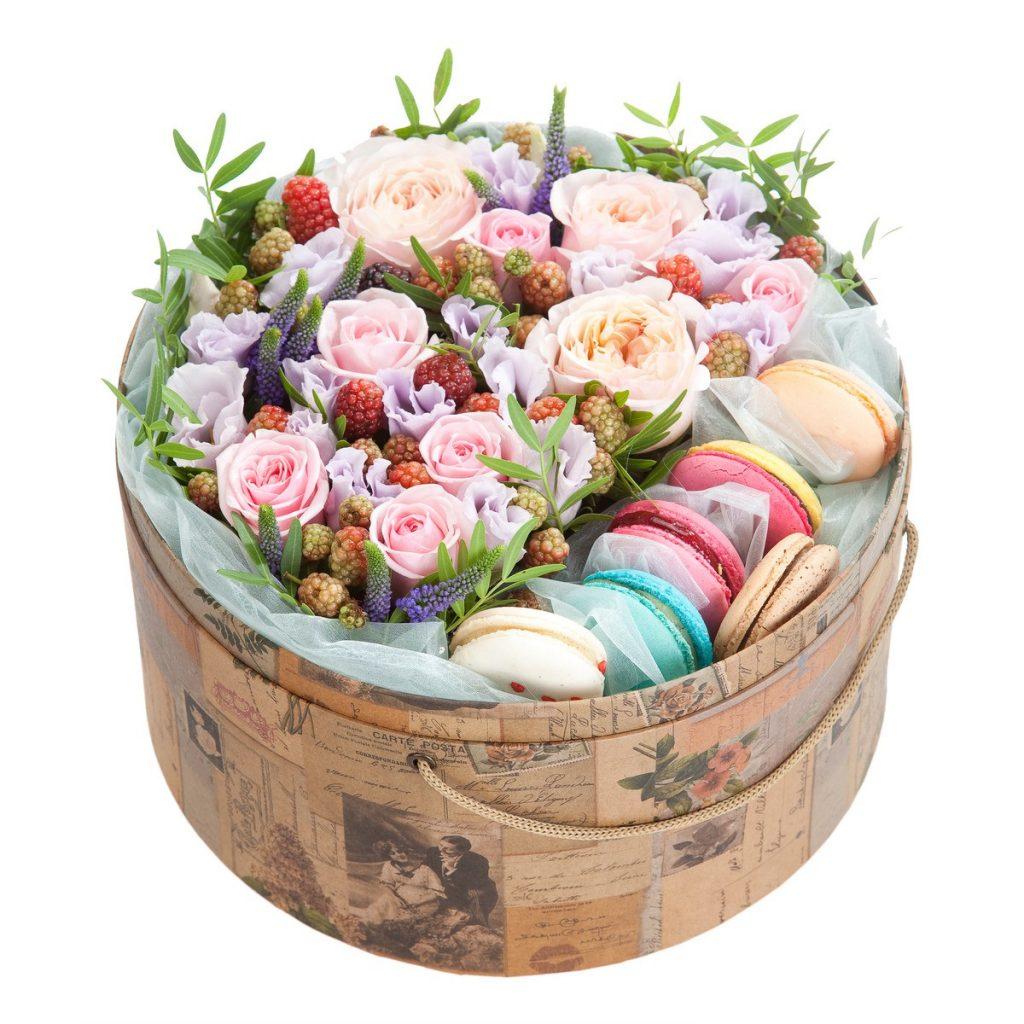 Mesaje de ziua îndrăgostiților , Buchete dulci cu macaroons, doar 449,99 RON!