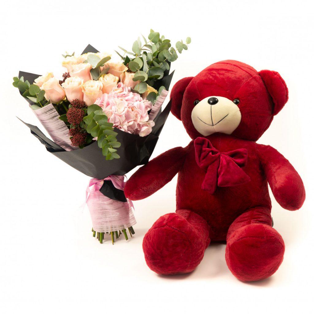 Flori Ziua Îndrăgostiților - oferte 2021, Buchet de lux și urs de pluș, doar 350,99 RON!